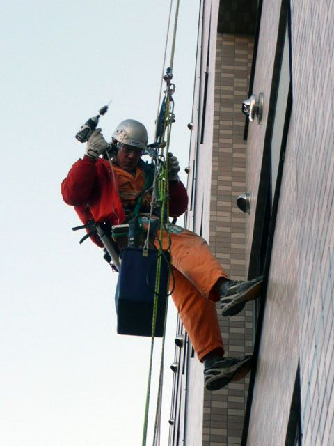 Equipment installation and replacement work by rope access