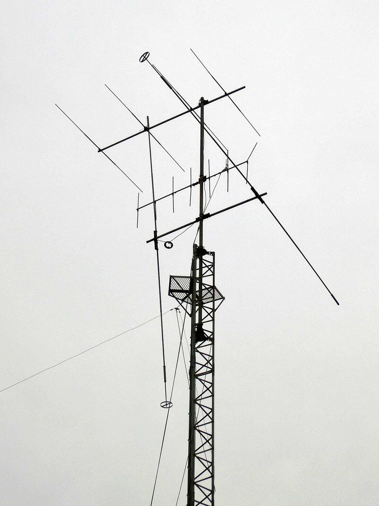 アマチュア無線のアンテナタワー撤去工事。兵庫県姫路市
