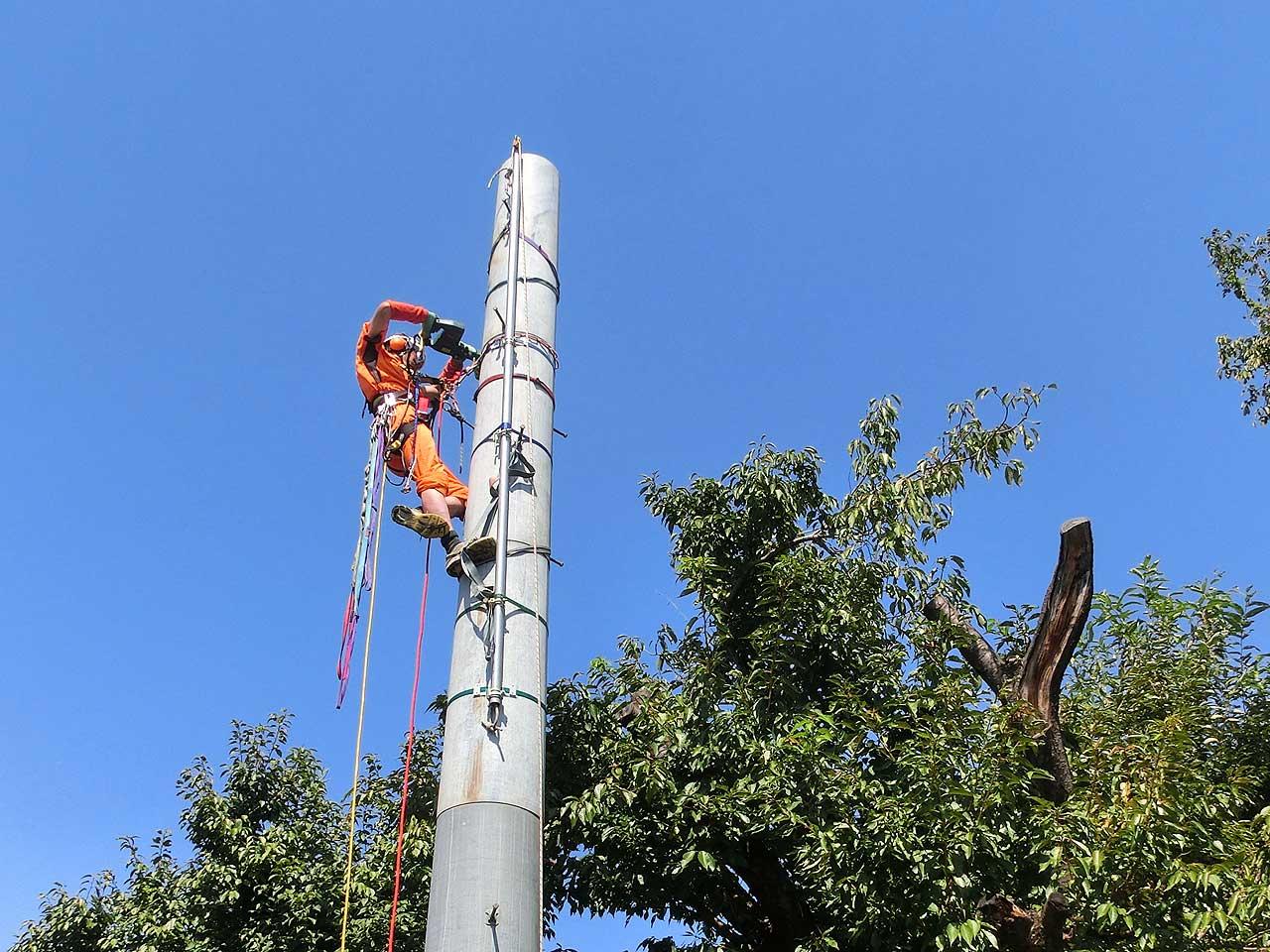 パンザマストタワーの高所作業