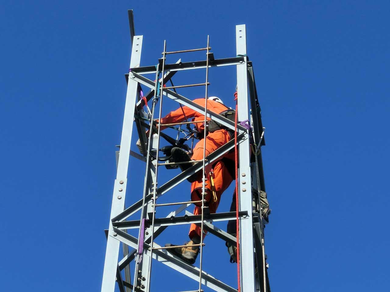 埼玉県さいたま市のDXタワー撤去工事
