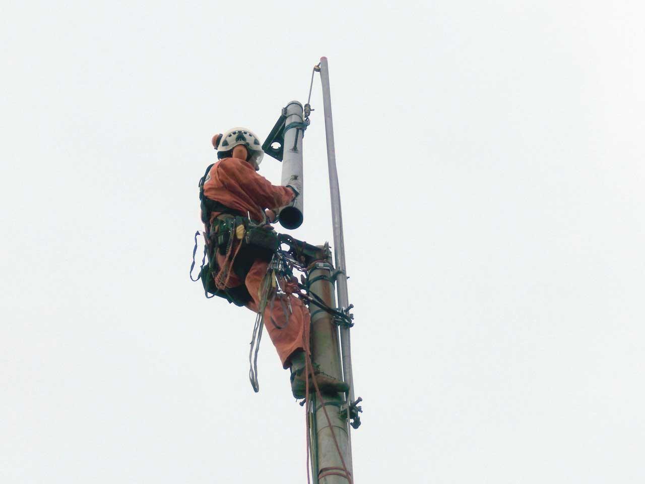 愛知県名古屋市のパンザマストの撤去工事