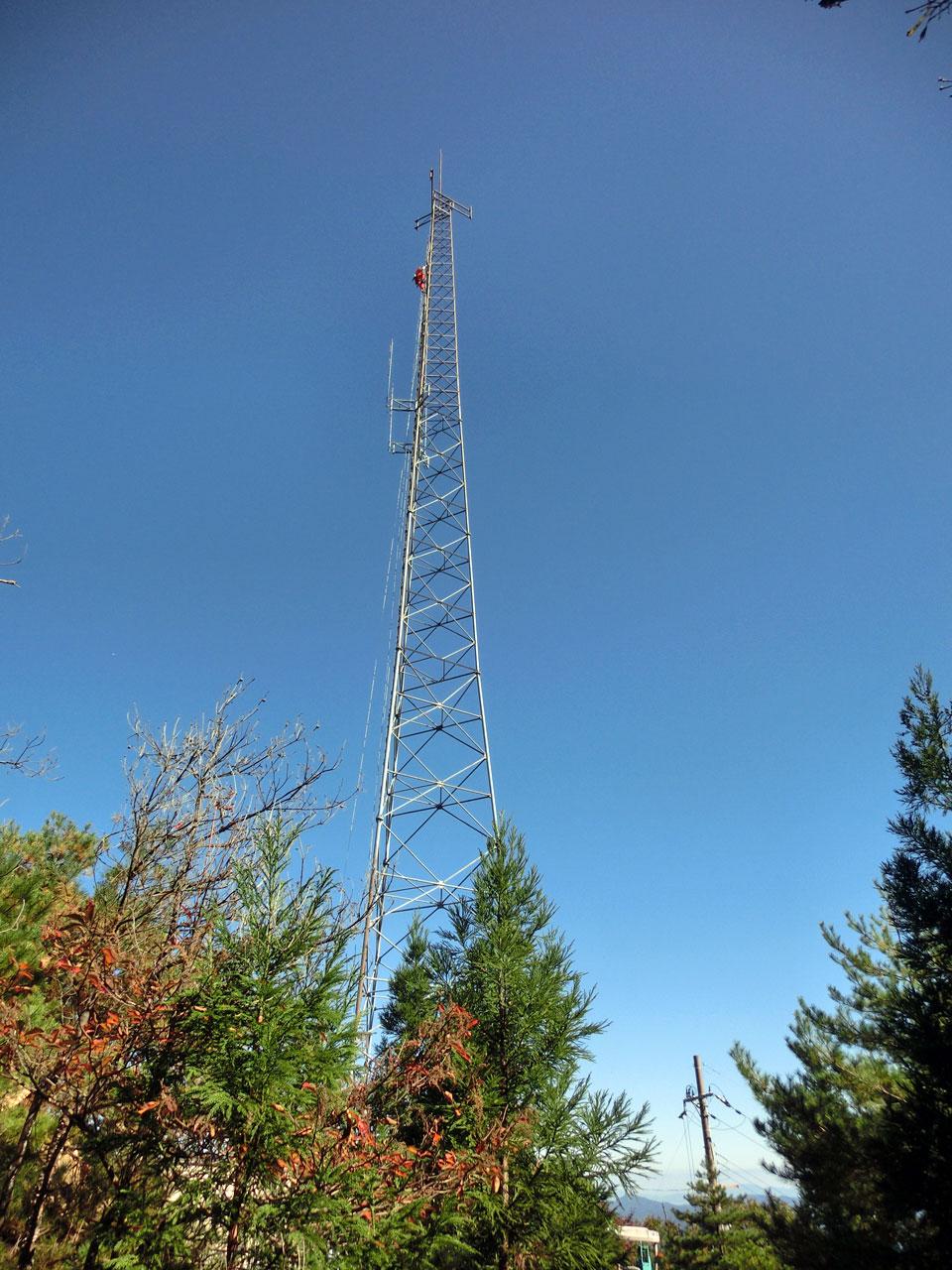 移動体通信の基地局鉄塔:京都府京都市