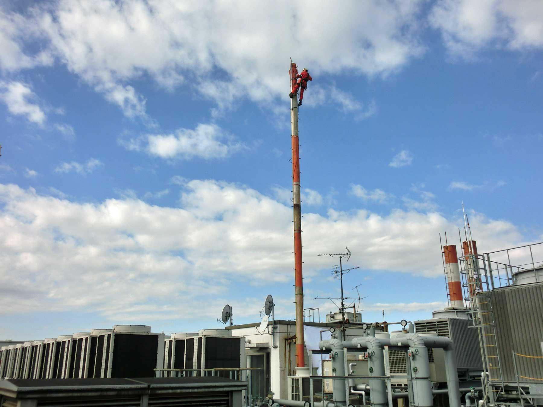 避雷針鉄塔の解体撤去工事